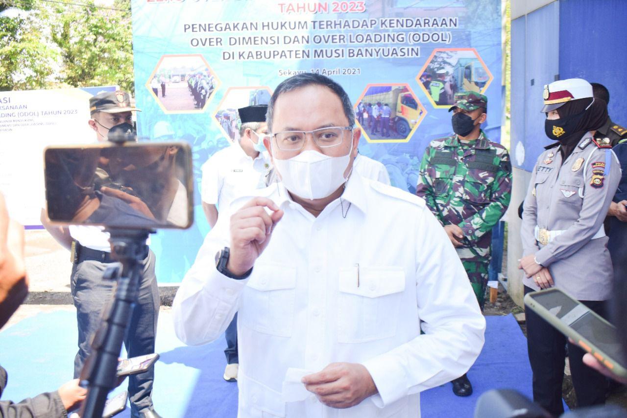 bupati-dodi-reza-pertegas-larangan-mudik-dan-perketat-ppkm-di-muba-muba2uw1620015089.jpg