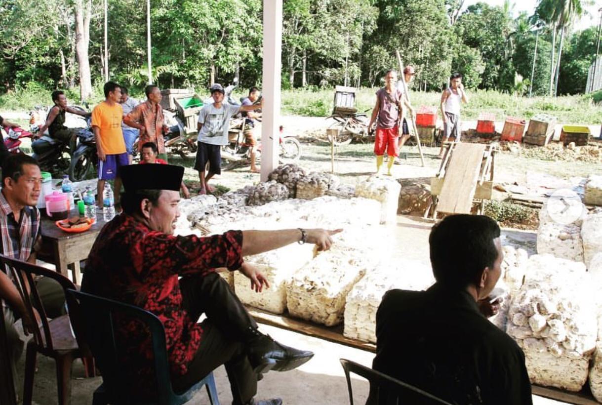 pemkab-muba-dorong-petani-karet-gabung-uppb-karet-muba392311552307765.jpg