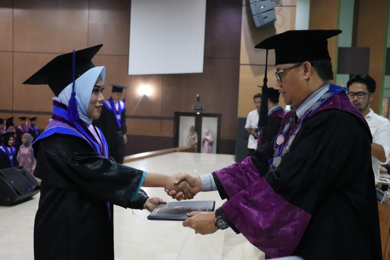 poltek-sekayu-wisuda-72-mahasiswa-muba371au1571309496.jpg