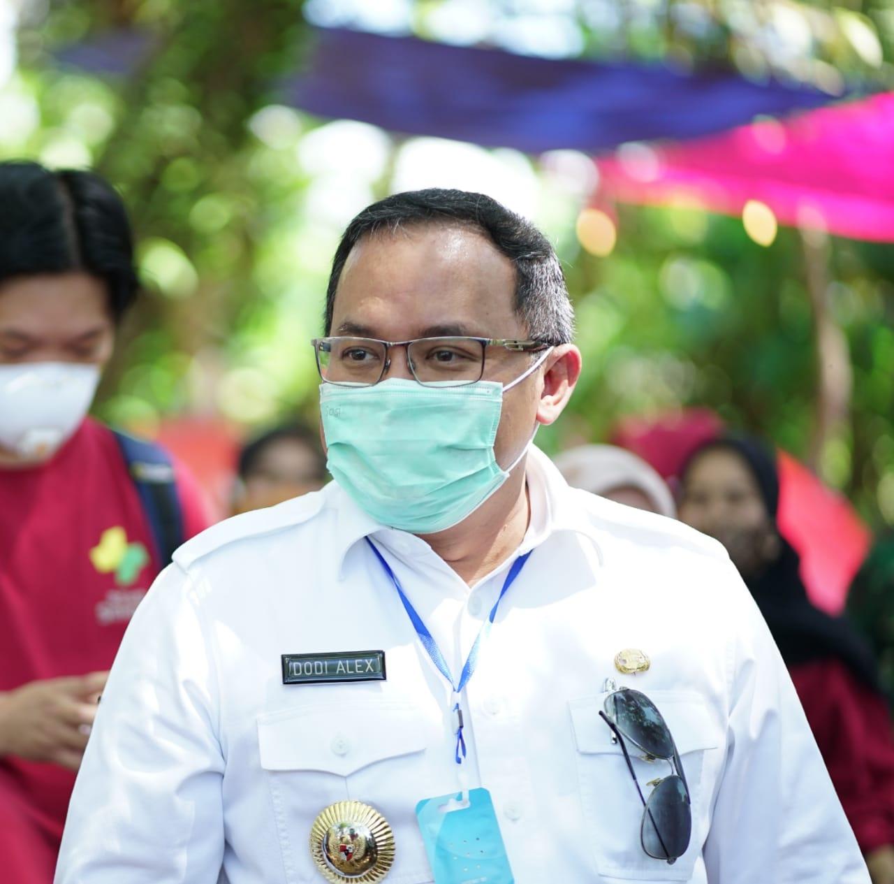 terpopuler-di-media-dengan-berita-positif-dra-diganjar-pr-indonesia-most-popular-leader-in-social-media-2020-muba223ud1599724403.jpg