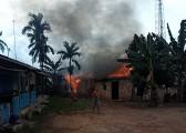 Amukan Api Menghanguskan Rumah Astuti Di Desa Teluk Kijing 3