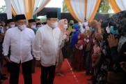 Pembukaan Safari Ramadhan Pemkab Muba sebagai ajang menyerap aspirasi dan wujud pemimpin yang lebih dekat dengan warganya ini dilakukan di Halaman Kantor Majelis Wakil Cabang Nahdlatul Ulama Kelurahan Bayung Lencir Indah Kecamatan Bayung Lencir.