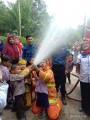 Belajar Jadi Pemadam Kebakaran, Semangat Siswa Paud Menyulut