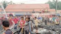 Bukan Tugas Pokoknya, Ikut Campur Tangani Kebakaran Pasar Baru Bayung Lencir