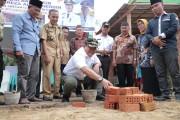 Peletakan Batu Pertama Pembangunan Paud dan TK di Desa Tanjung Dalam Kecamatan Keluang, Kamis (11/10/2020).