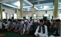 Camat Dan Kapolsek Babat Toman Sholat Id Di Masjid Suro
