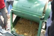 Mesin Pencacah untuk membuat pakan ternak dan pupuk kompos.