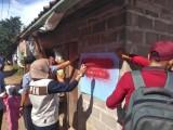 Desa Teluk Kijing 2 Mulai Sablon Rumah Penerima PKH