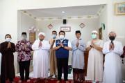 Dipenghujung Ramadhan, Herman Deru Resmikan Masjid di Kecamatan Sako