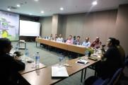Diskusi Kesepakatan dan Kesepahaman Para Pihak Dalam Pengelolaan Hutan Desa Kepayang Kecamatan Bayung Lencir, Kamis (19/12/2019) di Hotel Batiqa.