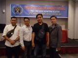 Foto bersama sejumlah wartawan peserta orientasi.