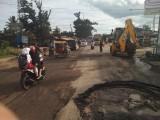 Gerak Cepat Atasi Lubang Besar Penyebab Kemacetan
