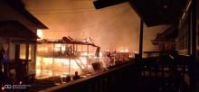 Kebakaran Hebat Melanda Teluk Kijing 1