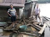 Kerambah Ikan, Gudang Padi, Batang Pemandian dan Perahu Warga Dihantam Tug Boat Batu Bara