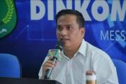 Kadin Kominfo Muba Herryandi Sinulingga AP saat menghadiri Pelantikan Pengurus Wilayah Jaringan Media Siber Indonesia (JMSI) Periode 2020-2025 di Griya Agung Palembang, Sabtu (30/1/2021).