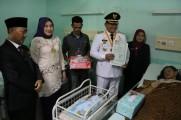 Lahir 17 Agustus, Dodi Reza Langsung Cetak Akte dan KIA untuk Empat Bayi
