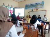 Dinas Pendidikan dan Kebudayaan Kabupaten Muba Wilayah V, menggelar Pelatihan Guru Kreatif dan K13 di SDN 1 Kaliberau.