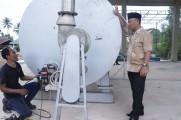 Di workshop PUPR Muba tampak alat pengolahan aspal karet berbasis lateks Pravulkanisasi sudah tiba dan ditinjau langsung Sekda Muba Drs H Apriyadi MSi.