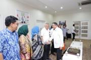 Dr Sunda Ariana MPd MM bersama jajaran akademika UBD Palembang mengunjungi Pemkab Musi Banyuasin (Muba), dalam rangka Audiensi dengan Bupati Muba H Dodi Reza Alex di Ruang Audiensi Bupati Muba, Senin (14/10/2019).
