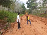 Caption : perbaikan tanggap darurat Ruas jalan Desa Tanjung Keputran (B5) Menuju Desa Warga Mulya (B4) Kecamatan Plakat Tinggi.